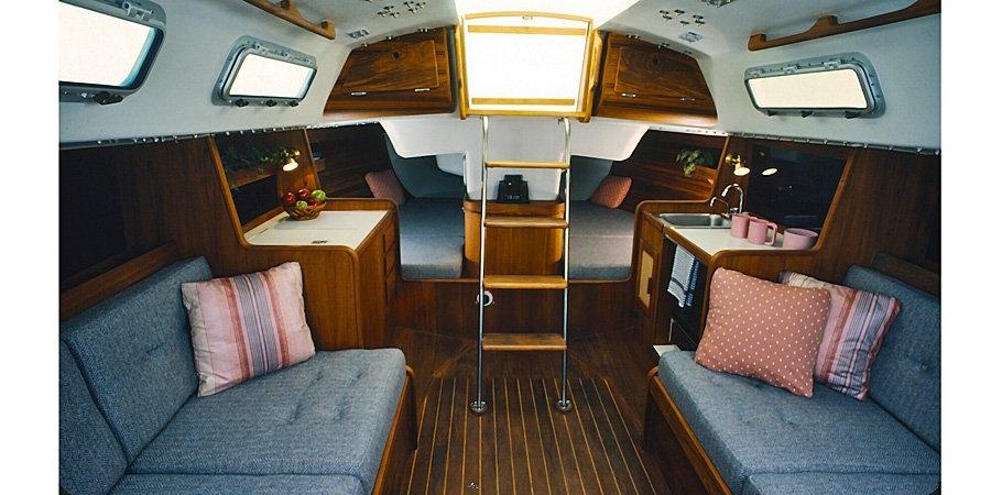 Sail Listings at McMichael Yacht Brokers